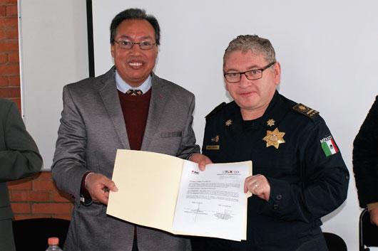 INE y UNAM firman convenio para monitorear precampañas y campañas