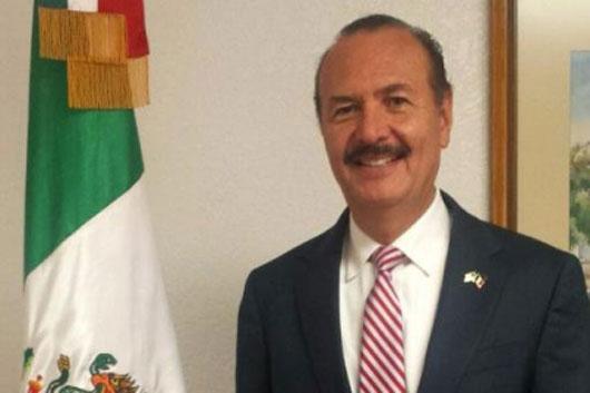 Rinde protesta Marcos Bucío como director del INEA